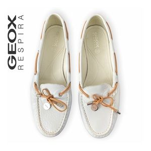 Geox Respira White Leather Loafers Size 9
